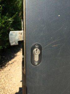 cerrajeros valencia urgentes - abrimos y cambiamos cerraduras de todo tipo