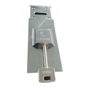 cerrajeros-valencia-24horas-escudo-protector-puertas-acorazadas-borjas
