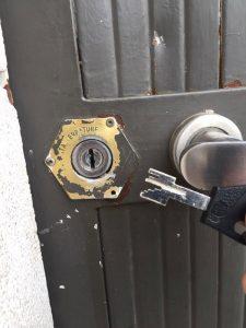 cerrajeros-valencia-baratos-24horas-apertura-cerradura-seguridad-cambio